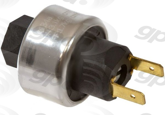 Foto de Interruptor Ciclo del Embrague de Aire Acondiciona para Chevrolet Express 3500 1996 Marca GLOBAL PARTS Número de Parte 1711371