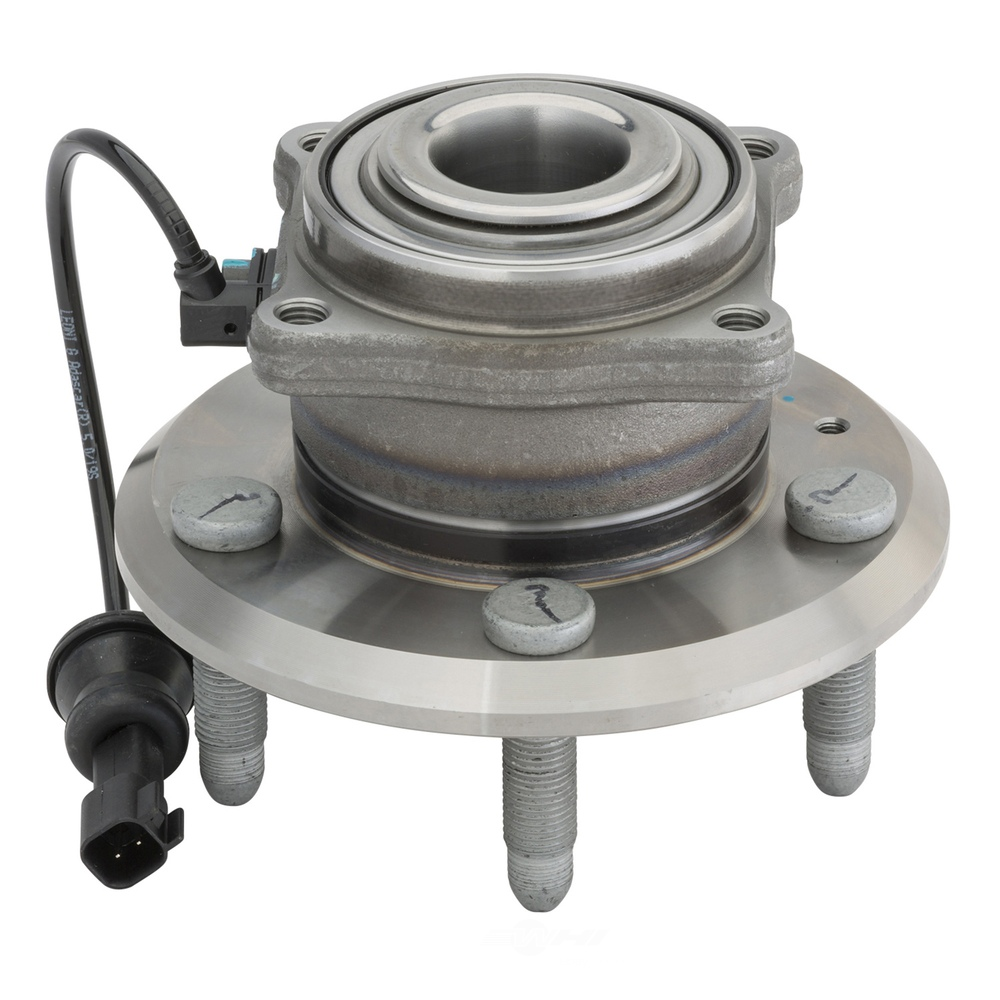 Center Axle Hub : Wheel bearing and hub assembly rear moog